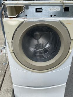 Free Washer- Button Broken, Control Panel Removed for Sale in Laguna Beach,  CA