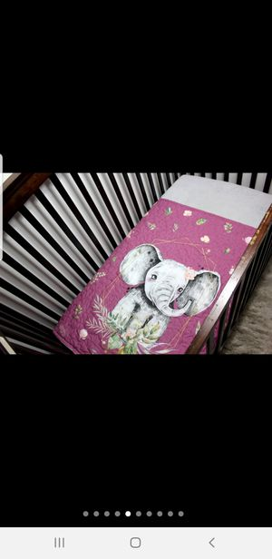 Hand made crib quilt+ diaper pad for Sale in Edmond, OK