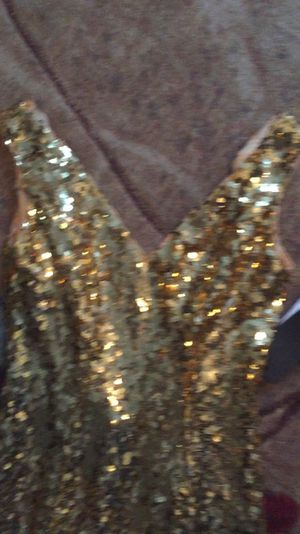 4 size gold sequin dress mermaid for Sale in Fort Belvoir, VA