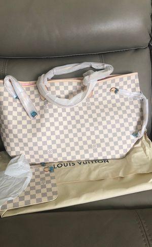 Louis Vuitton Neverfull Azur for Sale in TEMPLE TERR, FL