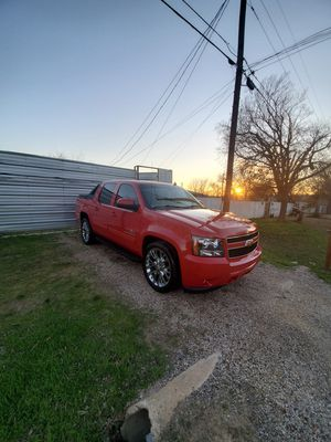 2009 CHEVY AVALANCHE LT for Sale in Dallas, TX