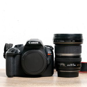 Canon Rebel T6 DSLR and 10-22 mm wide angle lens for Sale in Whittier, CA