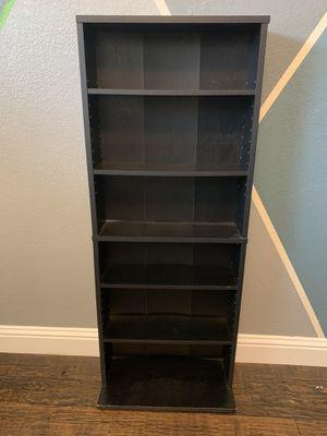 Small book shelf for Sale in Dallas, TX