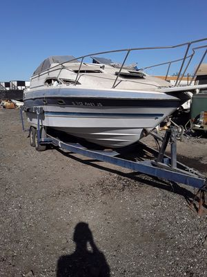 1988 Bayliner 24 fy Sunbridge boat & 2 Axle trsiler for Sale in Menifee, CA