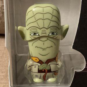 Star Wars Baby Yoda flash drive 4GB w/bonus digital media for Sale in Federal Way, WA