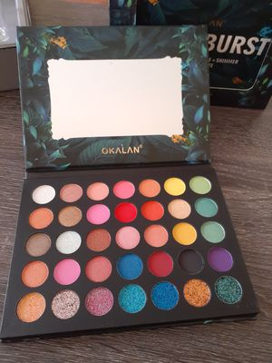 Okalan Color burst eyeshadow palette for Sale in Victorville, CA