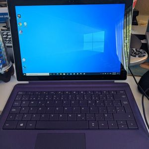 Microsoft Surface Pro 3 w/Type Cover Keyboard And Surface Dock 2 for Sale in Elk Grove, CA