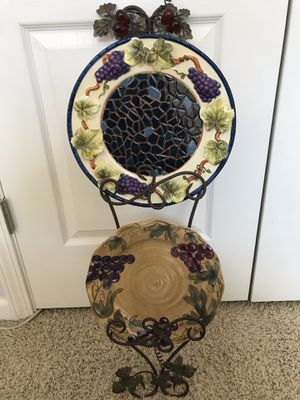 Vineyard wall-mounted plate holder for Sale in Lexington, KY