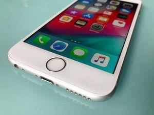 IPHONE 6S S 32 GB UNLOCKED WHITE SILVER for Sale in Miami Beach, FL
