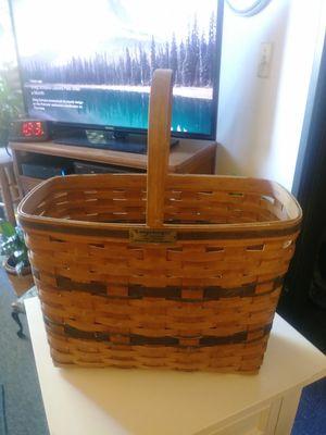Vintage 1987 lg. Longaberger basket. for Sale in Scottsdale, AZ