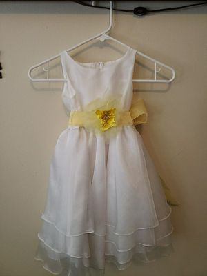 Toddler flower girl dress size 2 for Sale in West Milford, NJ