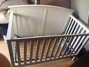 White baby crib for Sale in San Jose, CA