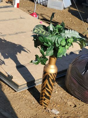 Vase and fake plants only $20 for Sale in NO HUNTINGDON, PA