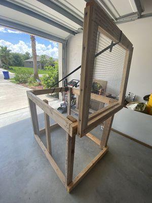 Animal coop for Sale in Vero Beach, FL