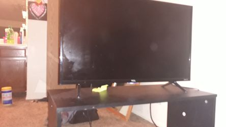 Tcl 32 roku tv for Sale in West Valley City,  UT