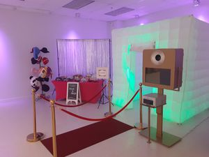 $3200 or best offer Photo Booth system for Sale in Glendale, AZ