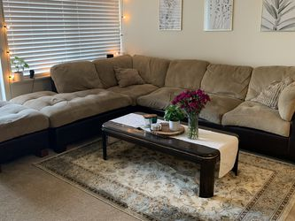 Sectional Couch. Free Or Best Offer By Mid-March. Pickup Only. for Sale in Seattle,  WA
