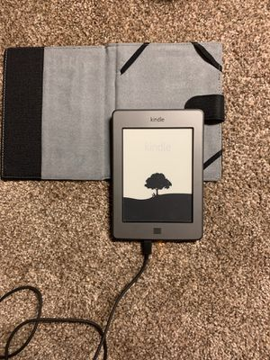 Kindle tablet for Sale in Oswego, IL
