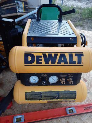 Air compressor dewalt for Sale in Haines City, FL