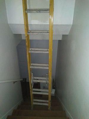 Bauer extension ladder 20ft fiberglass for Sale in Salt Lake City, UT
