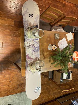 Morrow Wildflower Women's Snowboard, 153 for Sale in San Francisco, CA