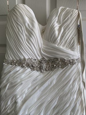 New Maggie Sotero Wedding Goen for Sale in Aliquippa, PA