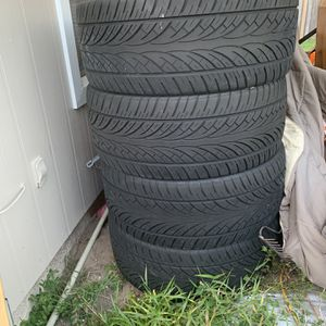26inch Set Of 4 Like New Tires W/ Or Without Lexoni Rims for Sale in St. Petersburg, FL