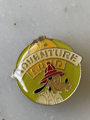Vintage Disney's Goofy Adventure Land Collectible Pin From Disneyland for Sale in Los Angeles, CA