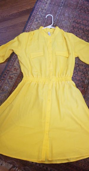 Yellow long sleeve flowy dress for Sale in Albany, CA