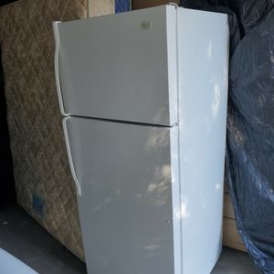 Refrigerator in good condition everything works fine. for Sale in West Columbia, SC