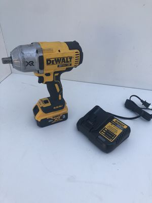 DEWALT 20-Volt MAX XR Cordless Brushless High Torque 1/2 in. Impact Wrench w/ Detent Pin Anvil,Battery 4.0Ah,Charger & Tool Bag for Sale in Bakersfield, CA