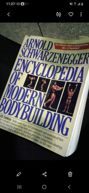 ARNOLD S. ENCYCLOPEDIA OF MODERN BODY BUILDING $10. for Sale in Plano, TX