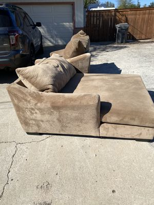 FREE MICROFIBER COUCH for Sale in Santee, CA