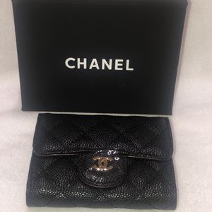 Chanel Small Wallet for Sale in Lake Elsinore, CA