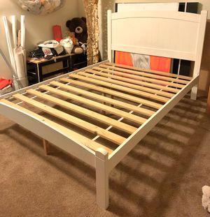 Bed frame full size for Sale in Pasadena, CA