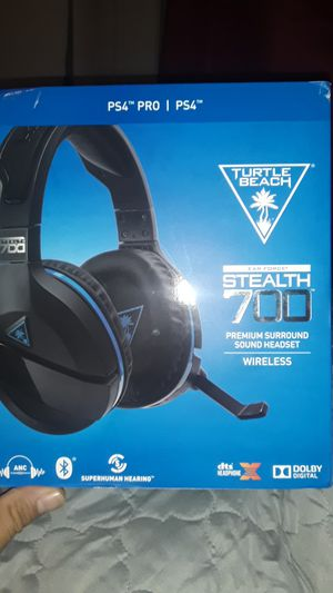 Turtle Beach stealth 700 Ps4 wireless headset for Sale in Bellflower, CA