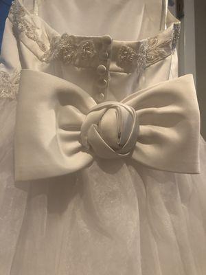 David's bridal size 6-7 flower girl dress for Sale in Edmonds, WA