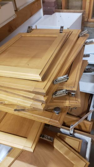 Solid oak kitchen cabinets for Sale in Oregon City, OR