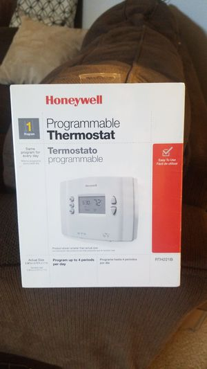 Honeywell program thermostat for Sale in Erial, NJ