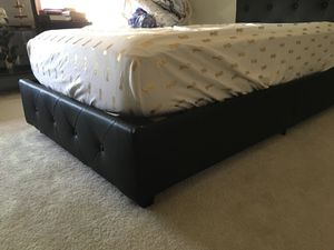 Twin bed with Casper mattress for Sale in Ashburn, VA