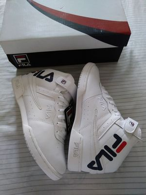 FILA F-13 LOGO SIZE 6.5 WOMEN NEW $40 PRICE IS FIRM for Sale in Chino, CA