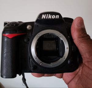 Nikon D7000 ,No Lens. REACHED SHUTTER COUNT, Pickup Only for Sale in Philadelphia, PA