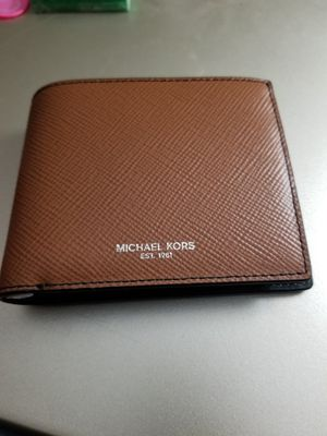 MICHAEL KORS WALLET (AUTHENTIC) for Sale in Los Angeles, CA