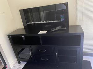 Electric fireplace & tv stand for Sale in Avon Park, FL
