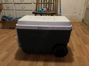 Cooler with wheels for Sale in Vancouver, WA