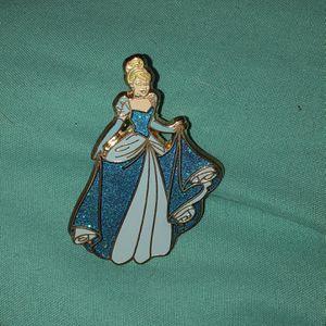 Disney Princess Cinderella Pins Pretty! Set 2 For $25 for Sale in Phoenix, AZ