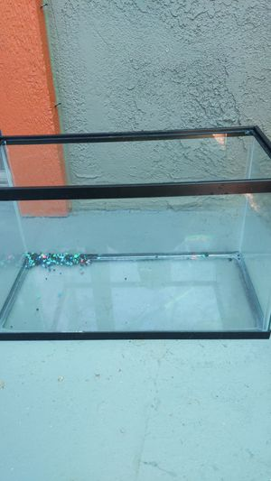 Fish tank for Sale in Rowland Heights, CA