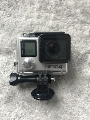 GoPro 4 + Extras for Sale in Chicago, IL
