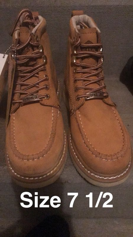 Work boots size 7 1/2