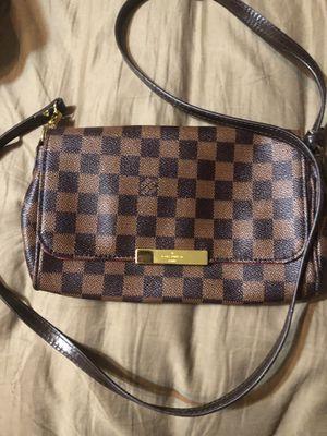 Crossbody purse for Sale in Phoenix, AZ